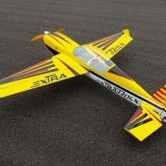 Pilot-Rc-extra330lx-92-1